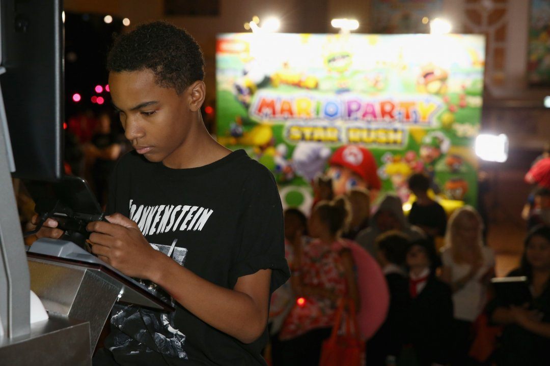 "PHOTOS: Nintendo Hosts a Mario Party Star Rush Experience at Starlight Children's Foundation's ""Dream Halloween"" Event"